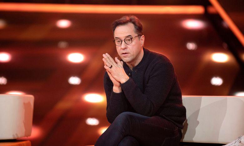 Jan Josef Liefers Diese Schwierige Aufgabe Steht Ihm Bevor Tv Digital